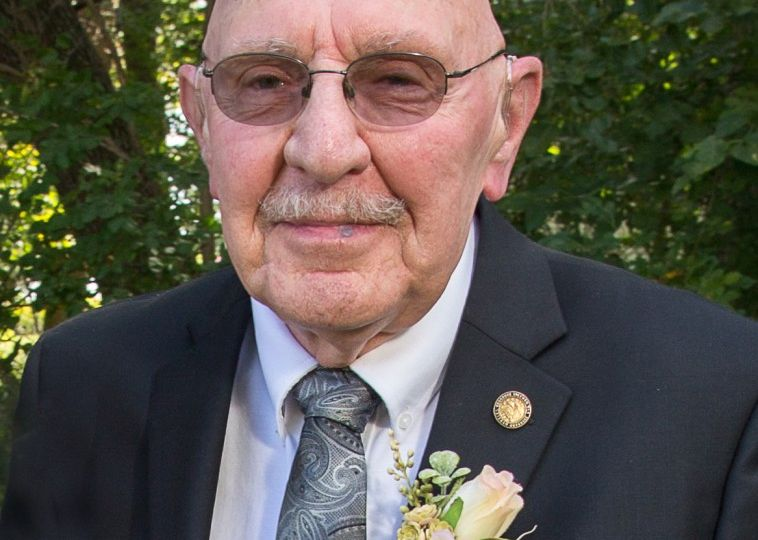 Metzger, Roger William Obituary Photo