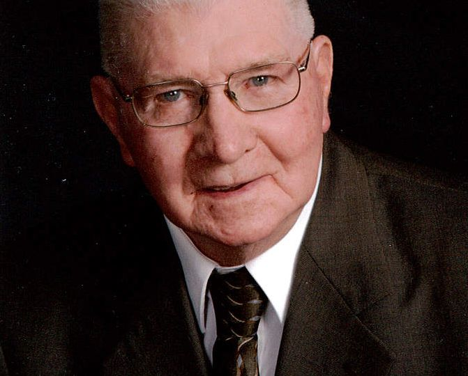 Sauerbrei, Wesley Richard Obituary Photo